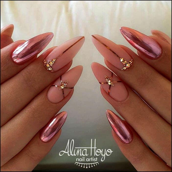 let-your-nails-go-naked
